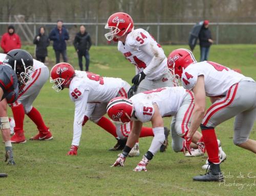 Crusaders verliezen openingswedstrijd van Almere